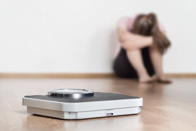 what causes bulimia